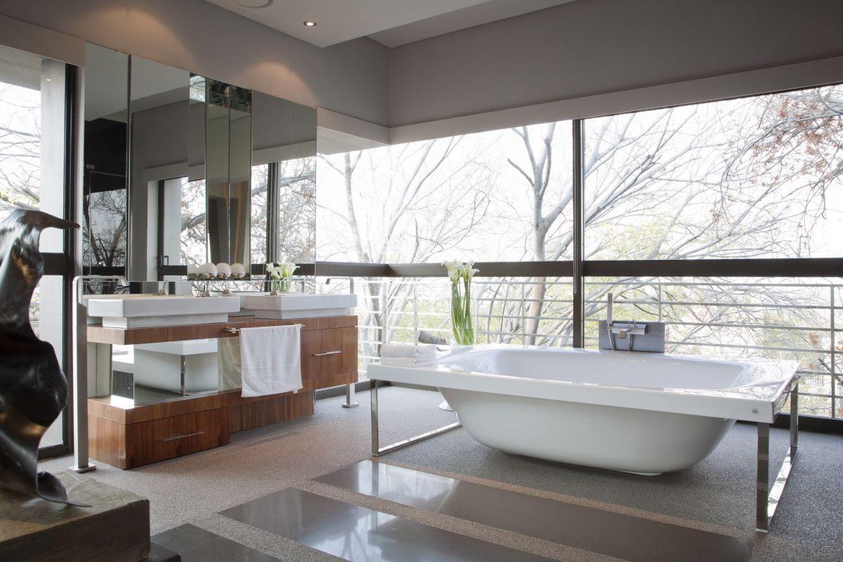 Ilumina o natural de uma casa de banho moderna fotos e - Ambientador natural para casa ...